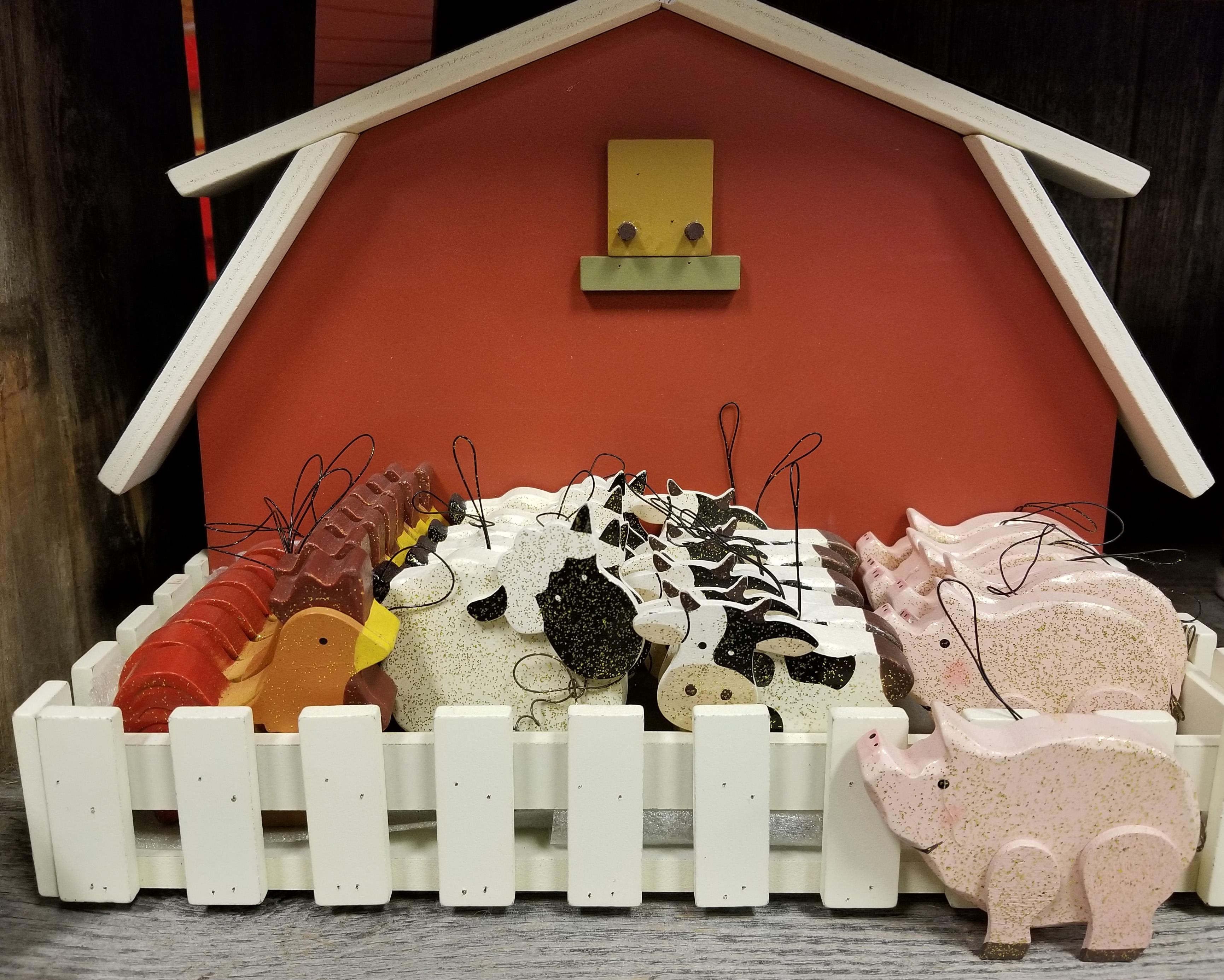 gift-ware-barn-yard-barn-set.jpg